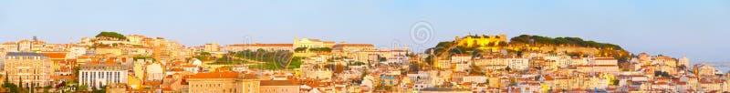 Lisbon panorama, Stary miasteczko kasztel obrazy stock