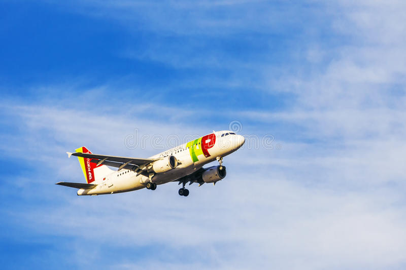 LISBON, PORTUGAL, SEPTEMBER 9, 2015: Takeoff airline TAP Portugal airbus-a321 from the International Airport Portela royalty free stock image