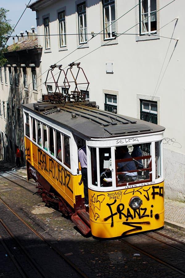 Lisbon tradycyjny tramwaj obraz royalty free