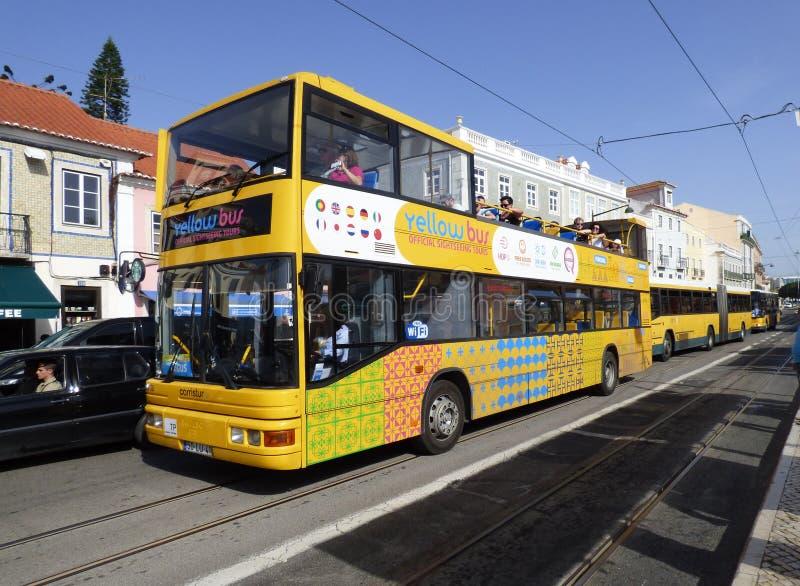 Lisbon turystyczny autobus zdjęcie royalty free