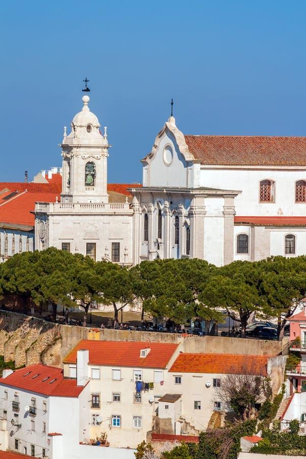 Lisbona, Portogallo Graca Church e convento e Sophia de Mello Breyner Andresen Viewpoint fotografia stock