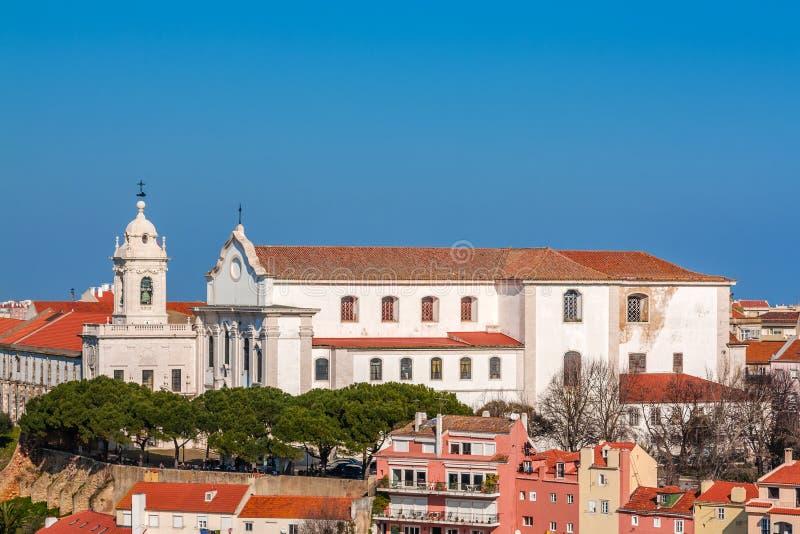 Lisbona, Portogallo Graca Church e convento e Sophia de Mello Breyner Andresen Viewpoint immagine stock