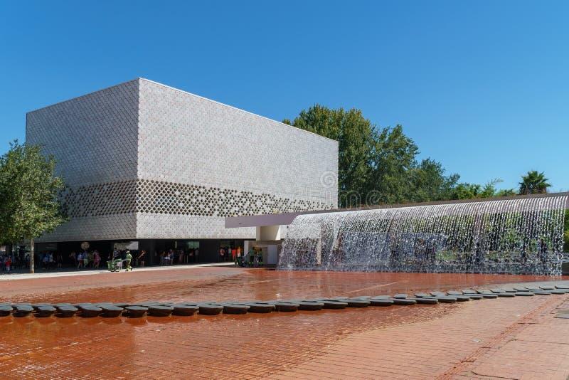 Lisbonne Oceanarium est située dans le Parque DAS Nacoes, qui était les au sol d'exposition pour l'exposition 1998 photographie stock