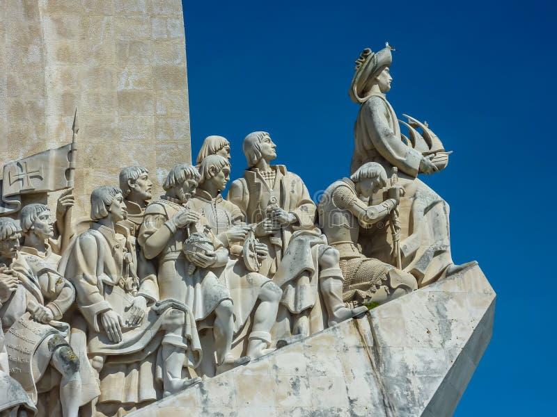 LISBONNE, PORTUGAL - 7 AVRIL 2013 : Monument aux découvreurs i photographie stock