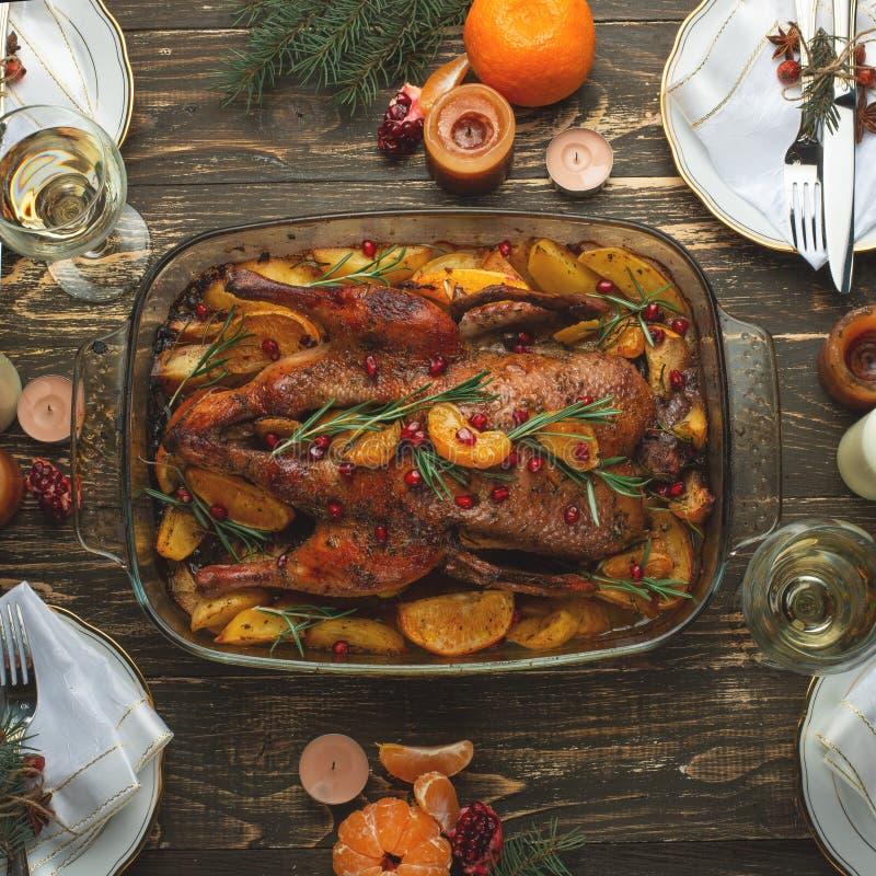 Liso-configuração do conceito do grupo do jantar do ano novo do Natal imagens de stock