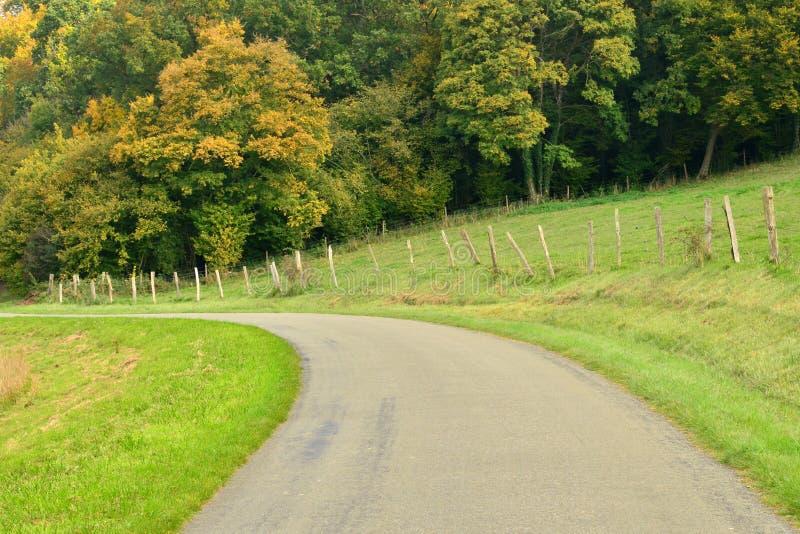 Download Lisors Frankrike - Oktober 11 2015: Den Pittoreska Byn Fotografering för Bildbyråer - Bild av tree, europa: 78730567