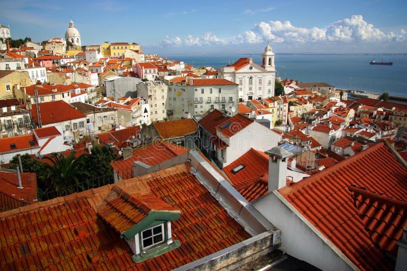 Lissabon-Dachspitzen stockbild