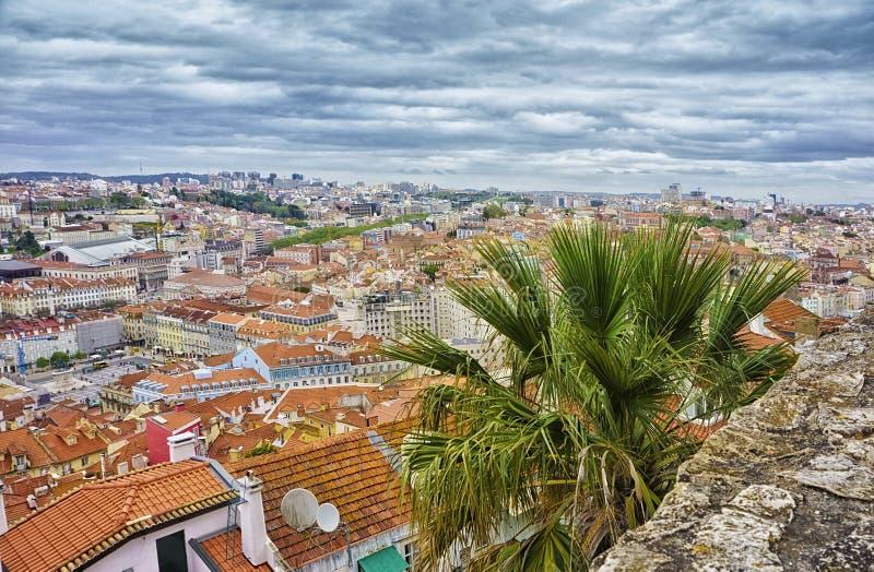 Lissabon från St George slottträdgårdar, Portugal arkivbild