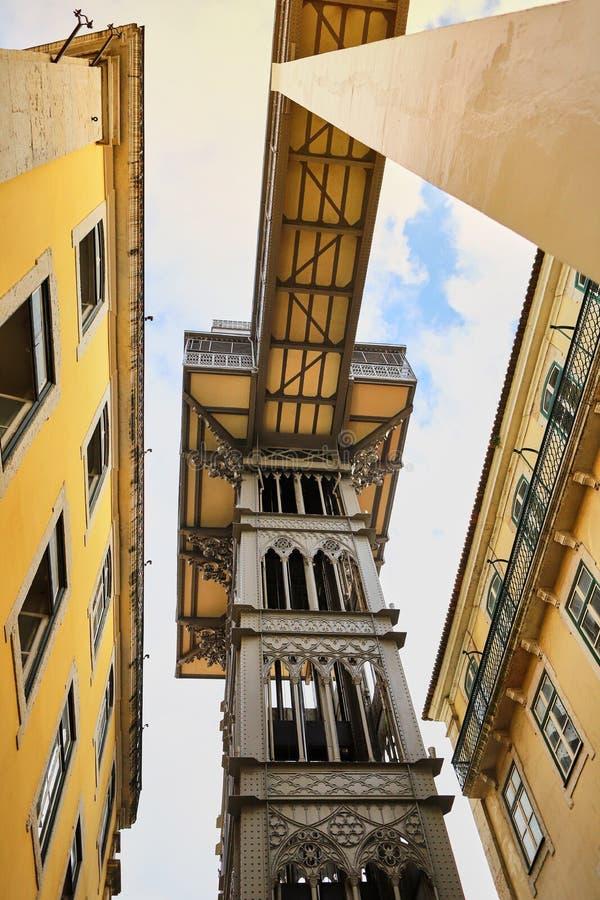 LISSABON PORTUGAL - December 12, 2018 Sikt av Santa Justa Lift Elevador de Santa Justa arkivfoto