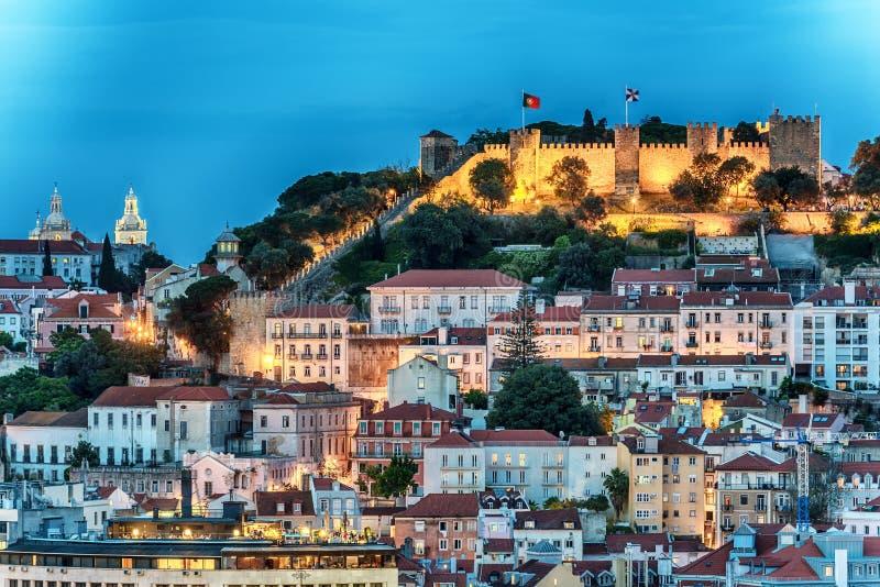 Lissabon, Portugal: luchtmening de oud stad en Sao Jorge Castle, Castelo DE Sao Jorge stock foto's