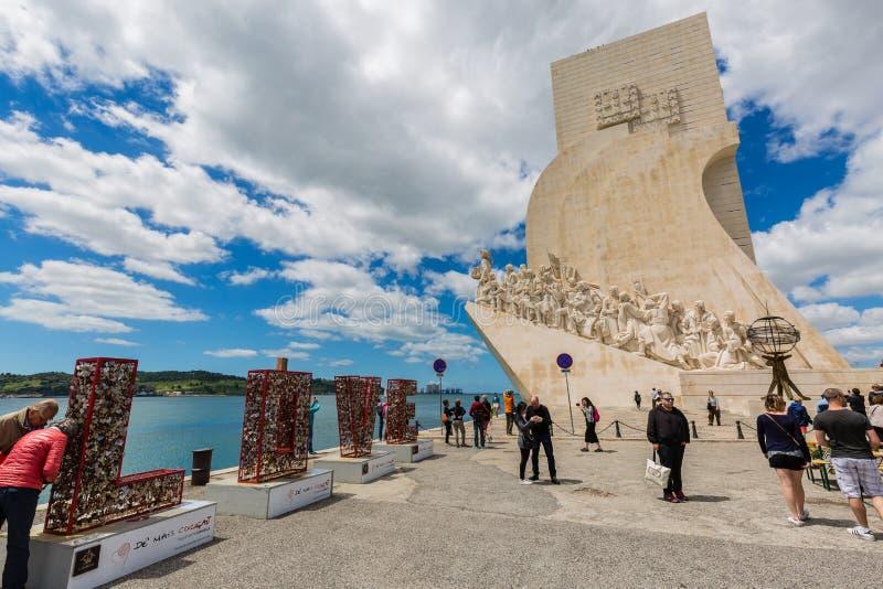 Lissabon Portugal - Maj 18, 2017: Monumentet till upptäckterna royaltyfri bild