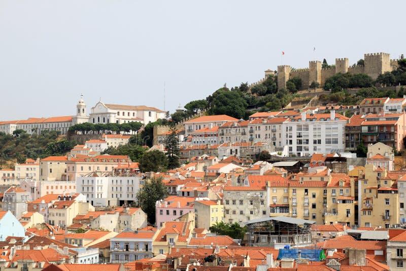Lissabon und Schloss von Sao Jorge, Portugal lizenzfreie stockbilder