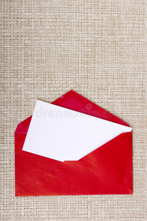 List w czerwonej kopercie fotografia royalty free