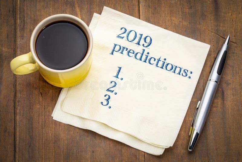 lista de 2019 previsões em um guardanapo imagem de stock