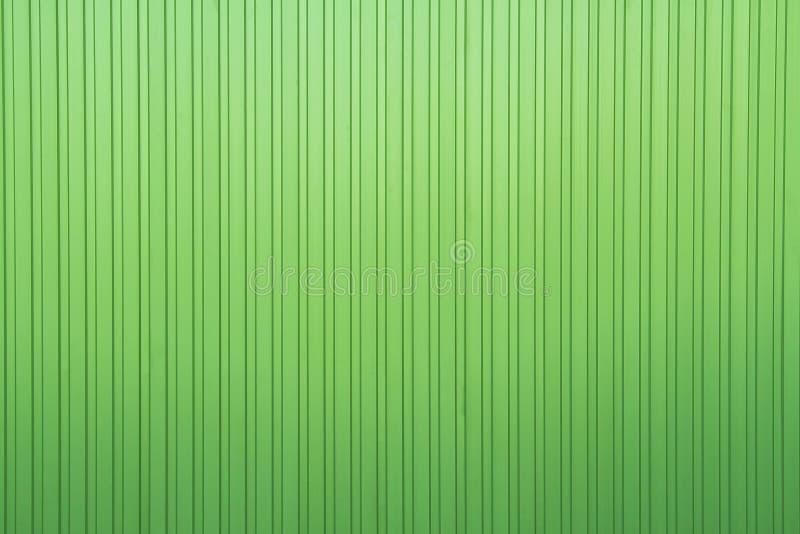 Lista verde scuro di alluminio con la lamina di metallo immagine stock