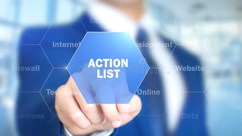 Liste d'action, homme travaillant à l'interface olographe, écran visuel images stock