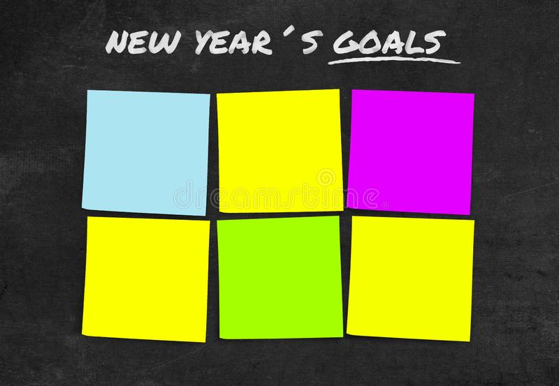 Liste de résolutions et de buts de nouvelle année dans les notes collantes vides avec l'espace de copie pour ajouter le texte dan images libres de droits