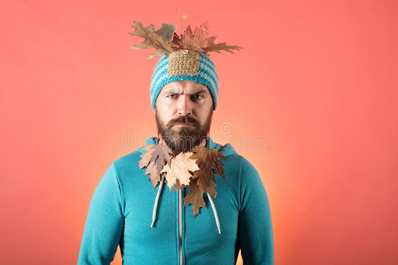 Listopadu tło Cześć Wrzesień Wzorcowa twarz jesienny ulistnienia Odwiedza mój stronę Jesieni odzież Deszcz i parasol zdjęcie royalty free