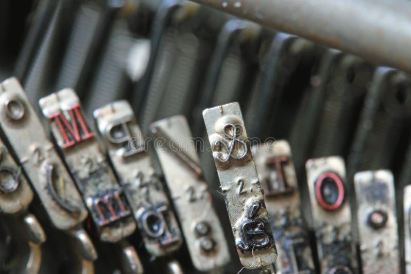 Download Listowy Ampersand Stary Maszyna Do Pisania Dziennikarz Obraz Stock - Obraz złożonej z atrament, sprzedażny: 41955761