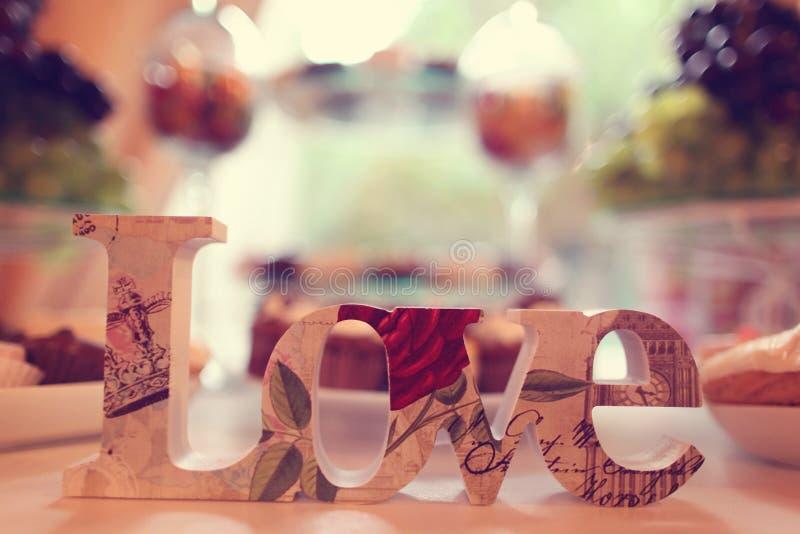 Download Listu miłosnego wystrój zdjęcie stock. Obraz złożonej z miłość - 57653796