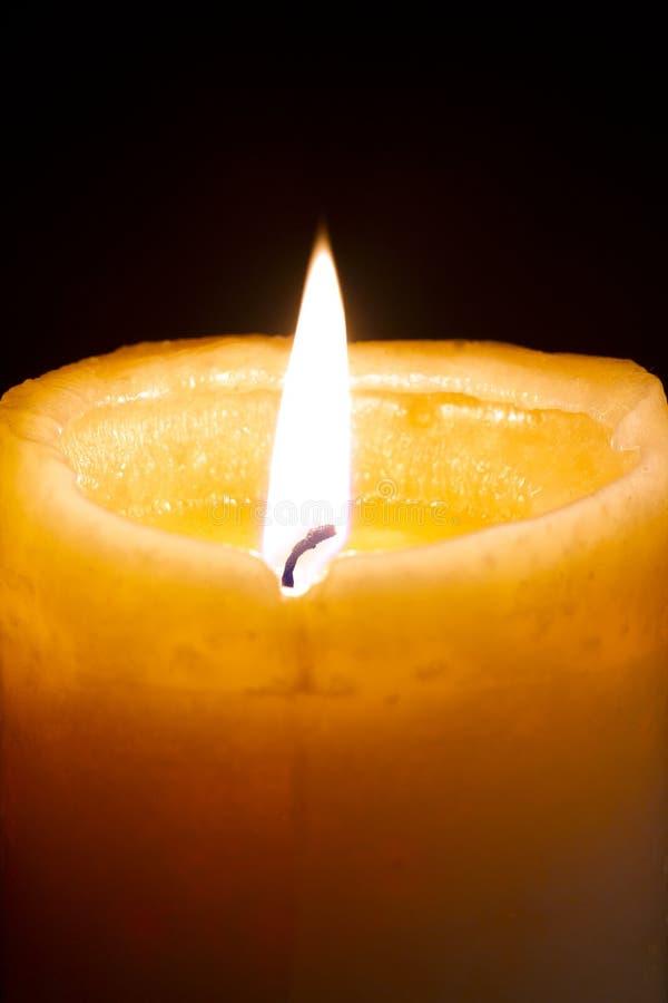 Lit-Kerze stockfoto