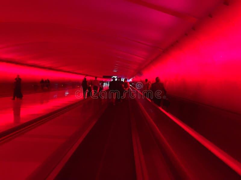 Lit upp hall på den Detroit flygplatsen royaltyfri fotografi
