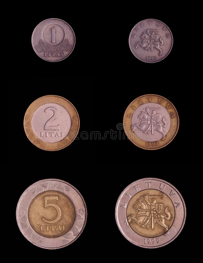 Litauen-Münze 1,2 und 5 Litas abgeneigt und Rückseite lokalisiert auf dem schwarzen Hintergrund stockfotos