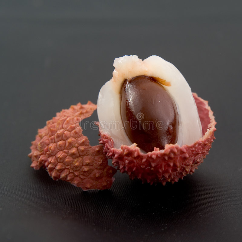Free Litchi On The Black Background Stock Images - 1736964