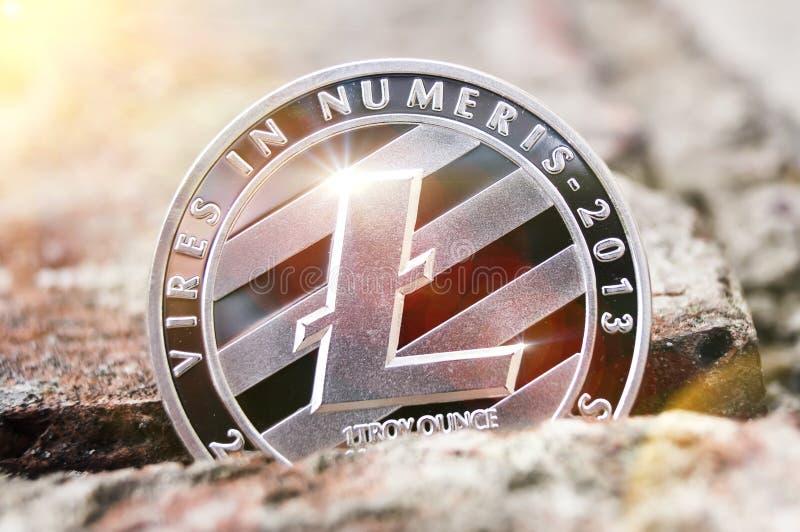 Litecoin es una manera moderna de intercambio y de esta moneda crypto imagenes de archivo