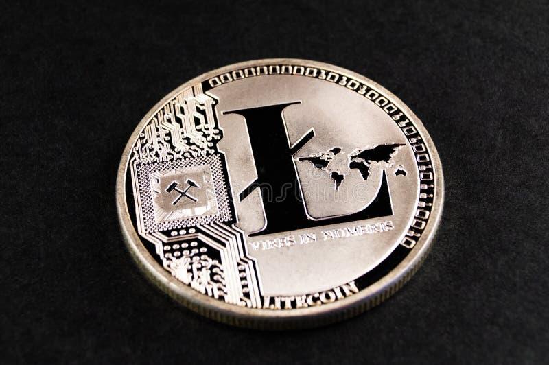 Litecoin ? un modo moderno dello scambio e questa valuta cripto ? mezzi di pagamento convenienti nel finanziario fotografia stock libera da diritti