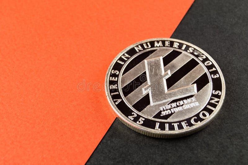 Litecoin ? un modo moderno dello scambio e questa valuta cripto ? mezzi di pagamento convenienti nel finanziario immagini stock libere da diritti