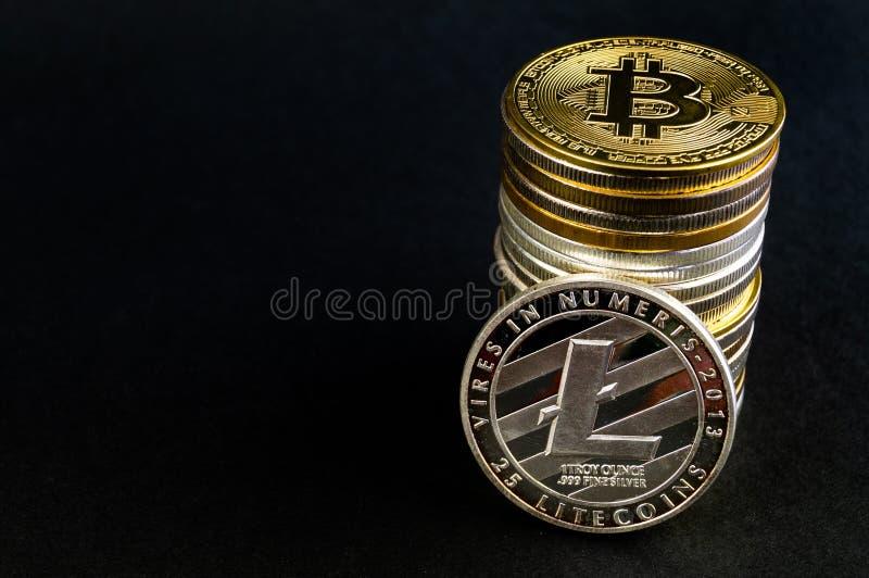 Litecoin ? un modo moderno dello scambio e questa valuta cripto ? mezzi di pagamento convenienti nel finanziario fotografie stock