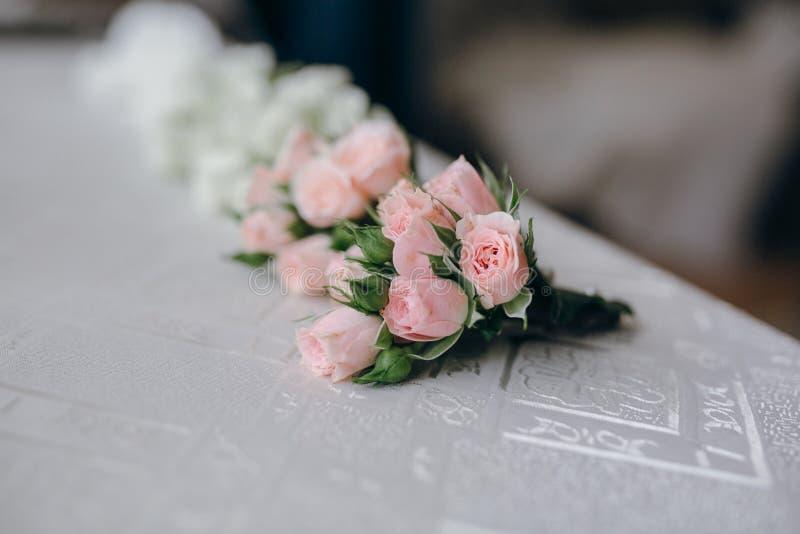 Liten bröllopbukett arkivfoton