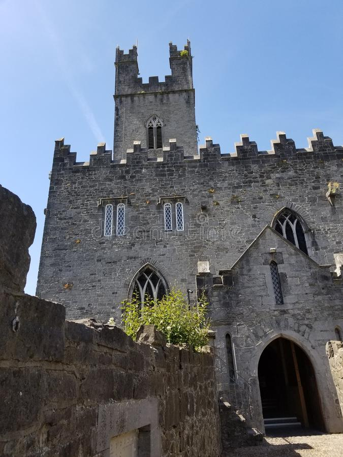 Liten domkyrka i Nenagh, Irland arkivfoto