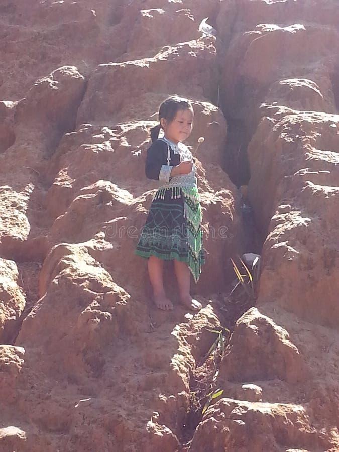 Liten flicka från nord av Thailand arkivfoton