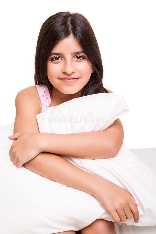 Liten flicka i underlag fotografering för bildbyråer