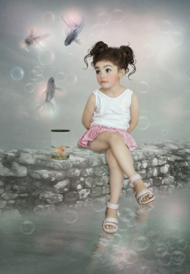 Liten flicka och fiskar royaltyfri foto
