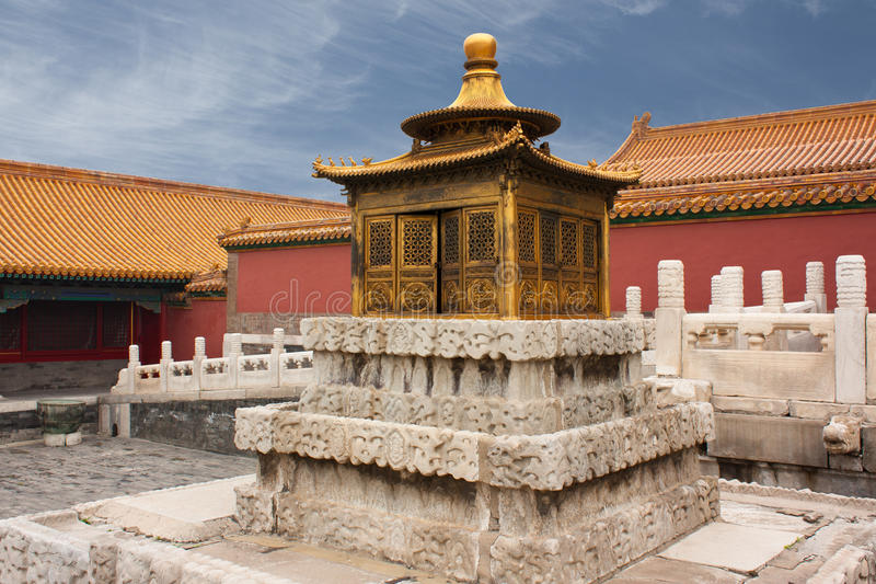 Liten guld- pagod, Peking, Kina fotografering för bildbyråer