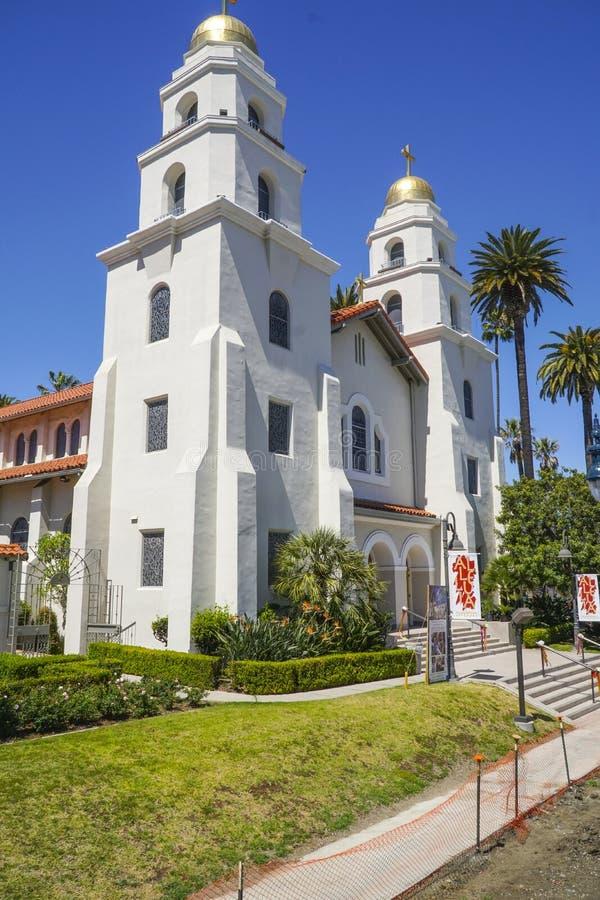 Liten kyrka i Beverly Hills - LOS ANGELES - KALIFORNIEN - APRIL 20, 2017 fotografering för bildbyråer