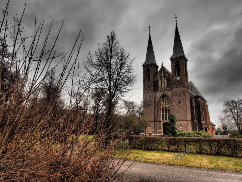 Liten kyrka i Tyskland royaltyfri fotografi