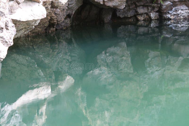 liten lake royaltyfri foto