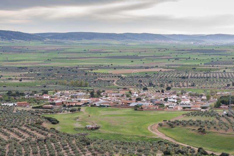 Liten liten by i La Mancha royaltyfri foto