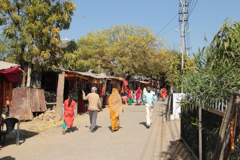 Liten marknad för indisk by i Rajasthan arkivbild