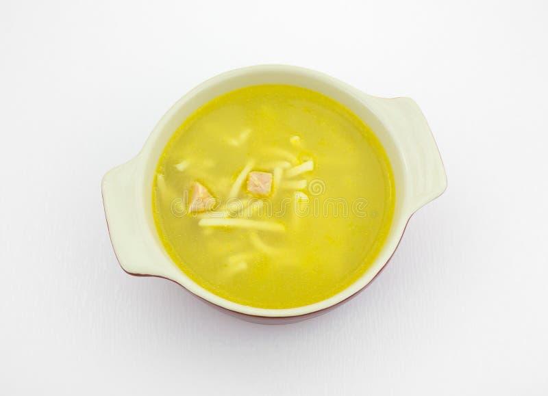 Liten maträtt med feg nudelsoppa royaltyfria foton