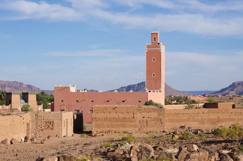 Liten moské i Marocko royaltyfri foto