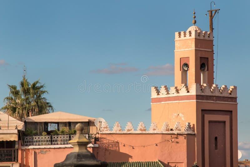 Liten moské i Marrakesh, Marocko royaltyfri foto