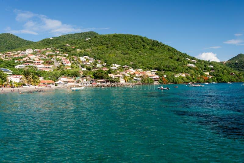 Liten och nätt Anse D `-Arlet strand i Martinique arkivfoton
