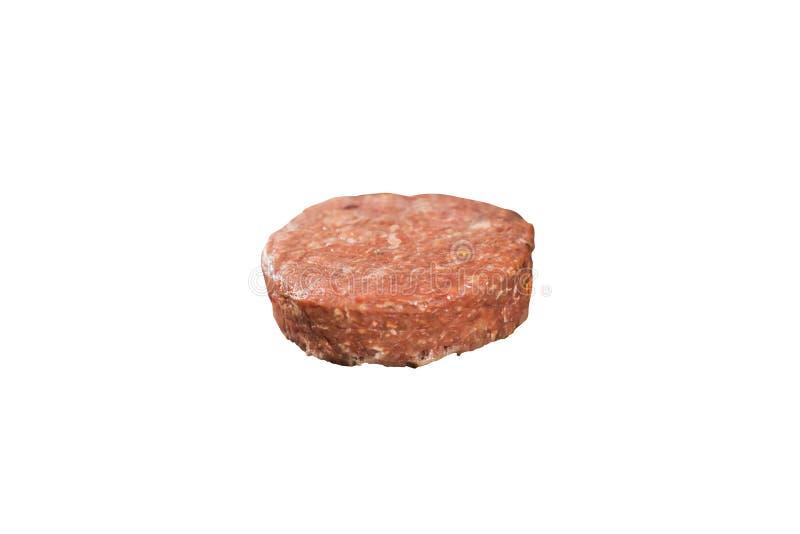 Liten pastej för rått kött för hamburgare på vit bakgrund royaltyfria bilder
