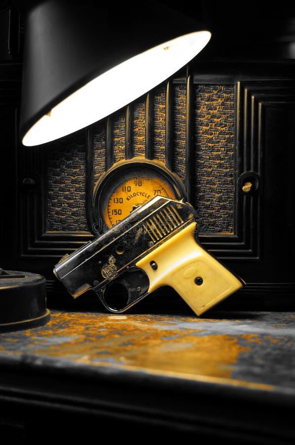 liten pistol royaltyfria bilder