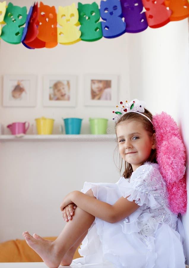 liten princess för födelsedag arkivbilder
